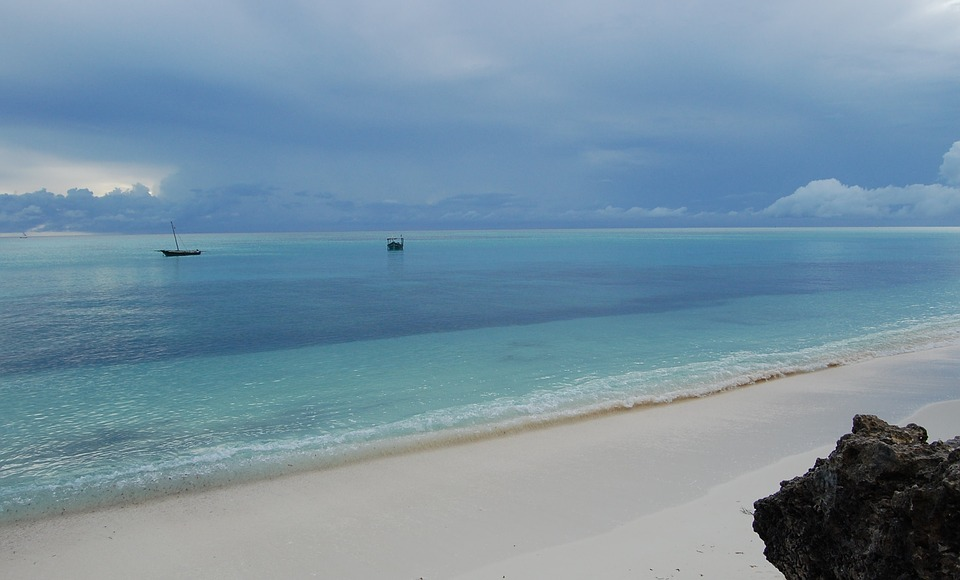 African islands for diving holidays