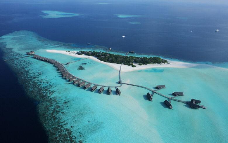 COMO-Cocoa-Island-COMO-Water-Villa-arial